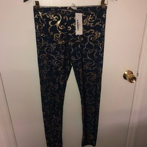 Navy Blue Gold Foil Medium Leggings NWT